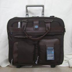 Дорожная сумка Piquadro SIGNO на 2 отделения на 2 колесах (39,5x37,5x21)